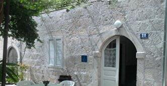 Maison Trstenik